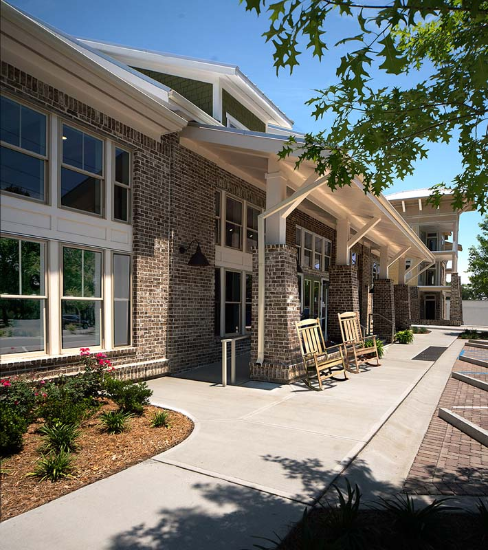 Summer Cove Apartments: Waterwalk At Shelter Cove Towne Centre Hilton Head Island